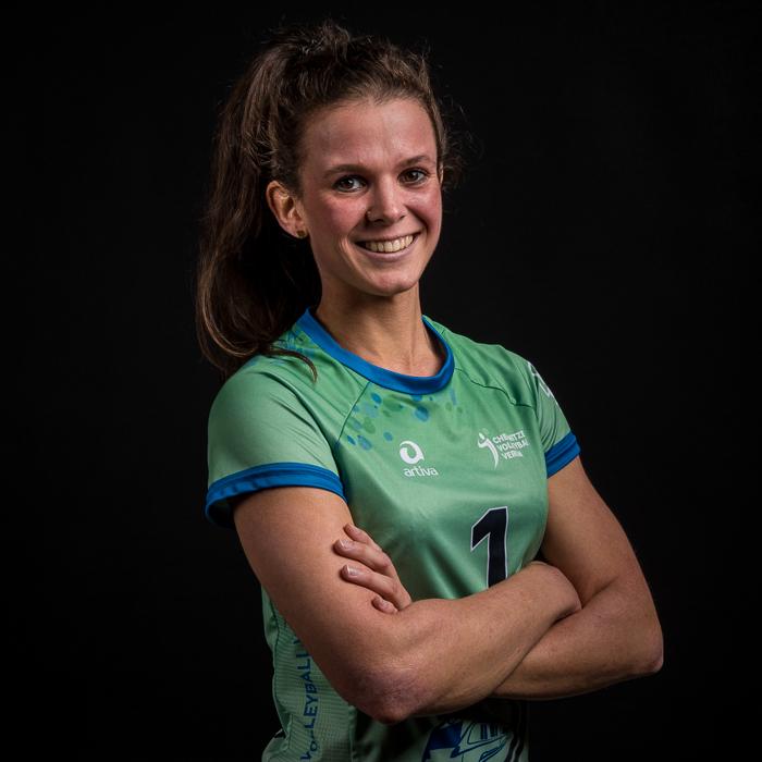 #1 Anna Zywietz